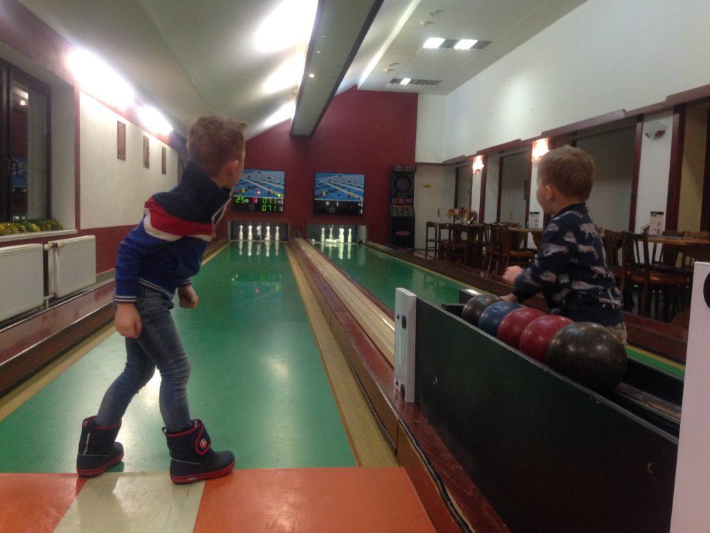 bowlingbaan-kinderen-hospoda-jama