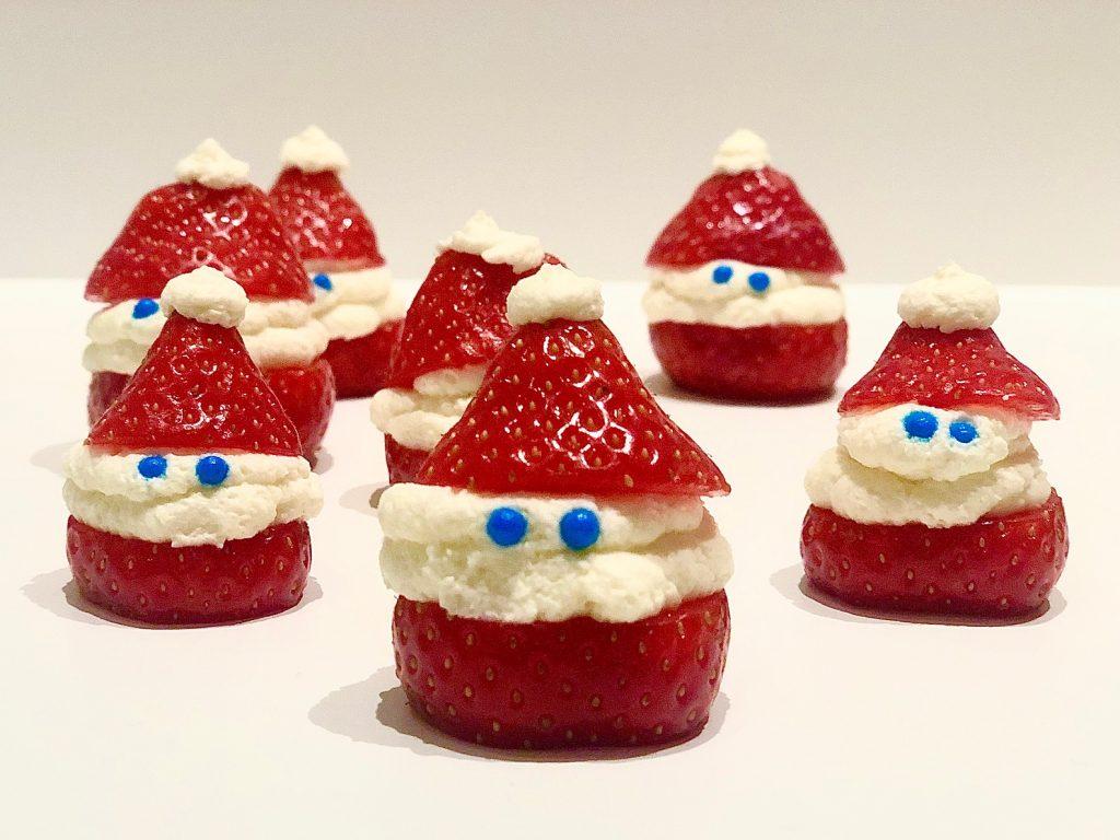 Leuk zijn ze geworden he de kerstman hapjes van aardbeien