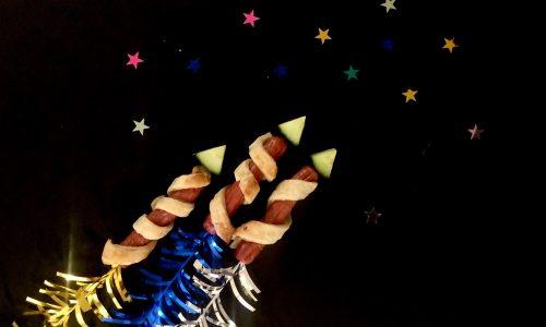 Vuurwerk pijlen van knakworst voor oud en nieuw