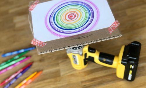 Draai en spinning tekeningen maken met een accuboormachine