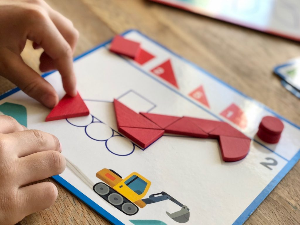 Review djeco tangram spel