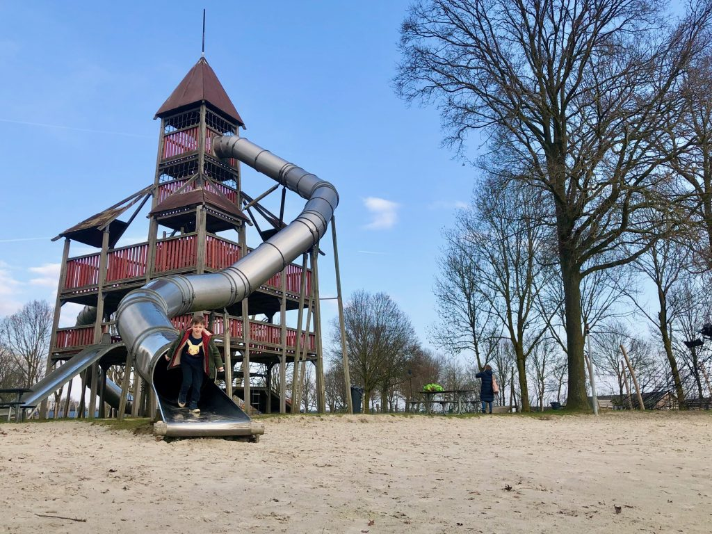 Grote speeltuin bij Buitenhof de Leistert