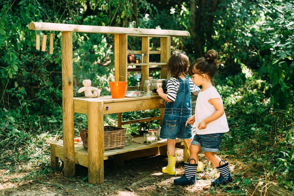 Dit zijn leuke modderkeuken voor kinderen
