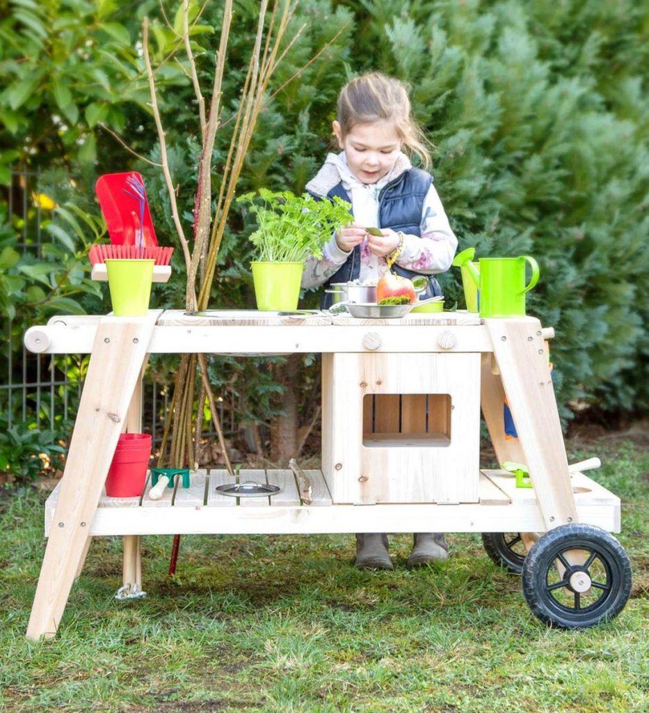 Verplaatsbare modderkeuken van hout